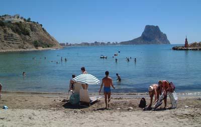 Playa puerto blanco for Hoteles en calpe playa
